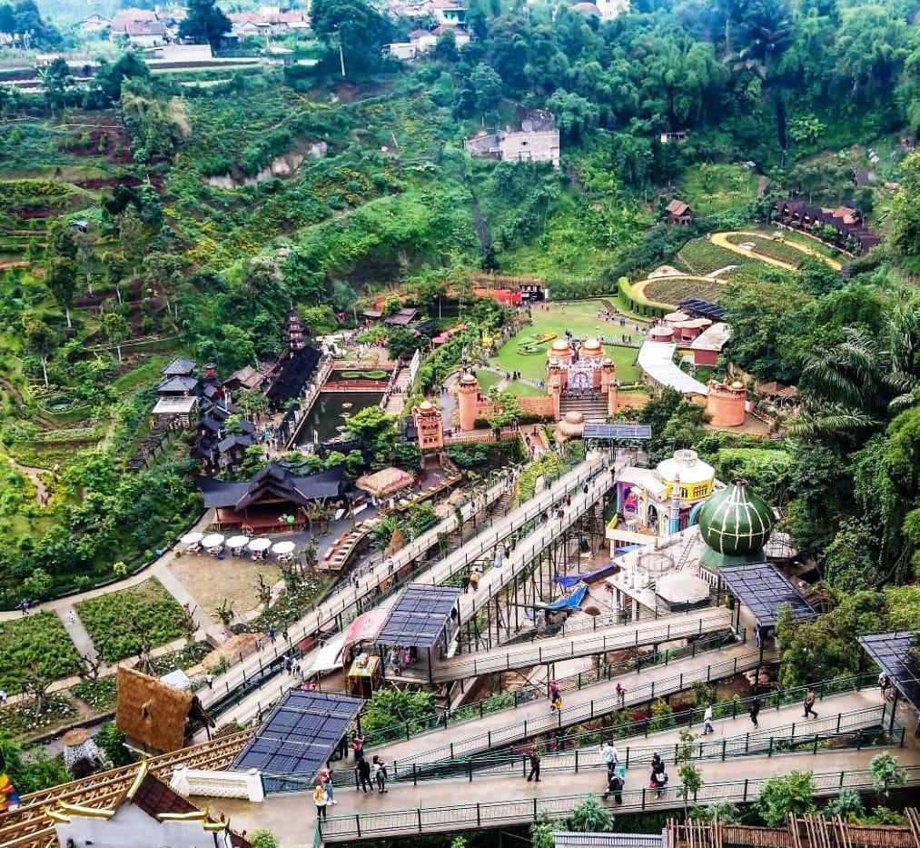 Sewa Villa dekat The Great Asia Afrika Lembang