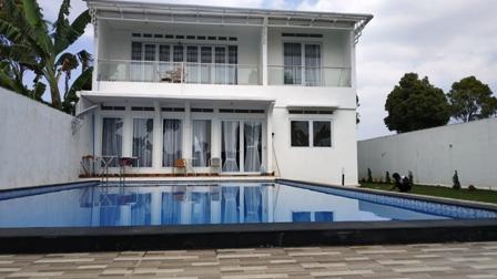 Hasil gambar untuk gambar villa barunagri lembang