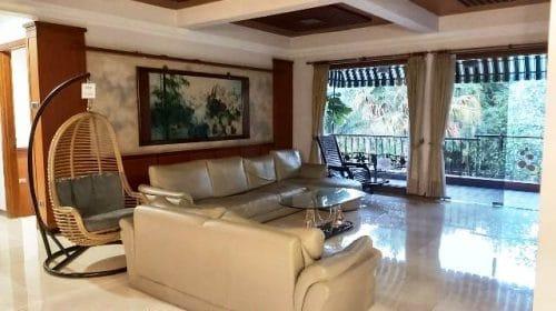 Villa Sailendra Bandung12 500x280 - Villa 5 Kamar Cipaku Setiabudhi Bandung