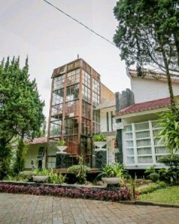 Villa 4 Kamar